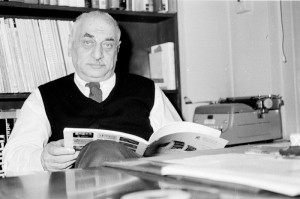 Folkways Records founder Moses Asch in his office. Photo by Diana Davies, Courtesy Ralph Rinzler Folklife Archives and Collections, Smithsonian Institution. All Rights Reserved.