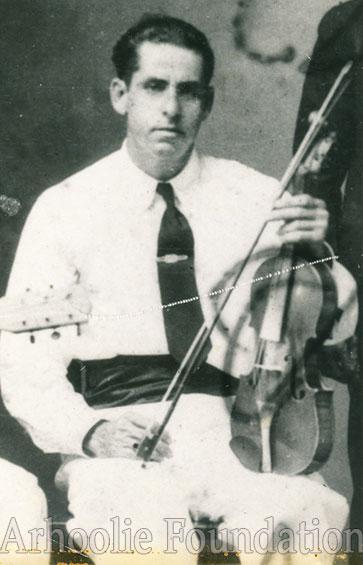 Leo Soileau