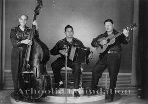 Santiago Jiménez and sus Valedsores, Ismael Gonzales, Santiago Jimenez, Lorenzo Caballero -1940s