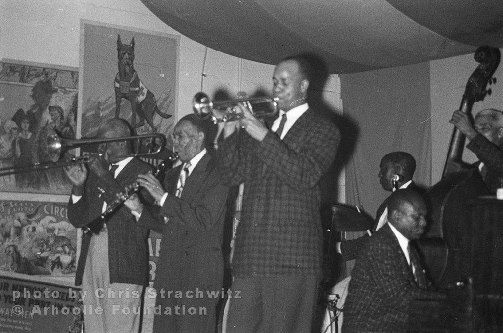 "Bill Mathews – trombone; Joe Watkins – drums; George Lewis – clarinet; Alcide ""Slow Drag"" Pavageau – bass; Thomas Jefferson – trumpet, Alton Purnell - piano"